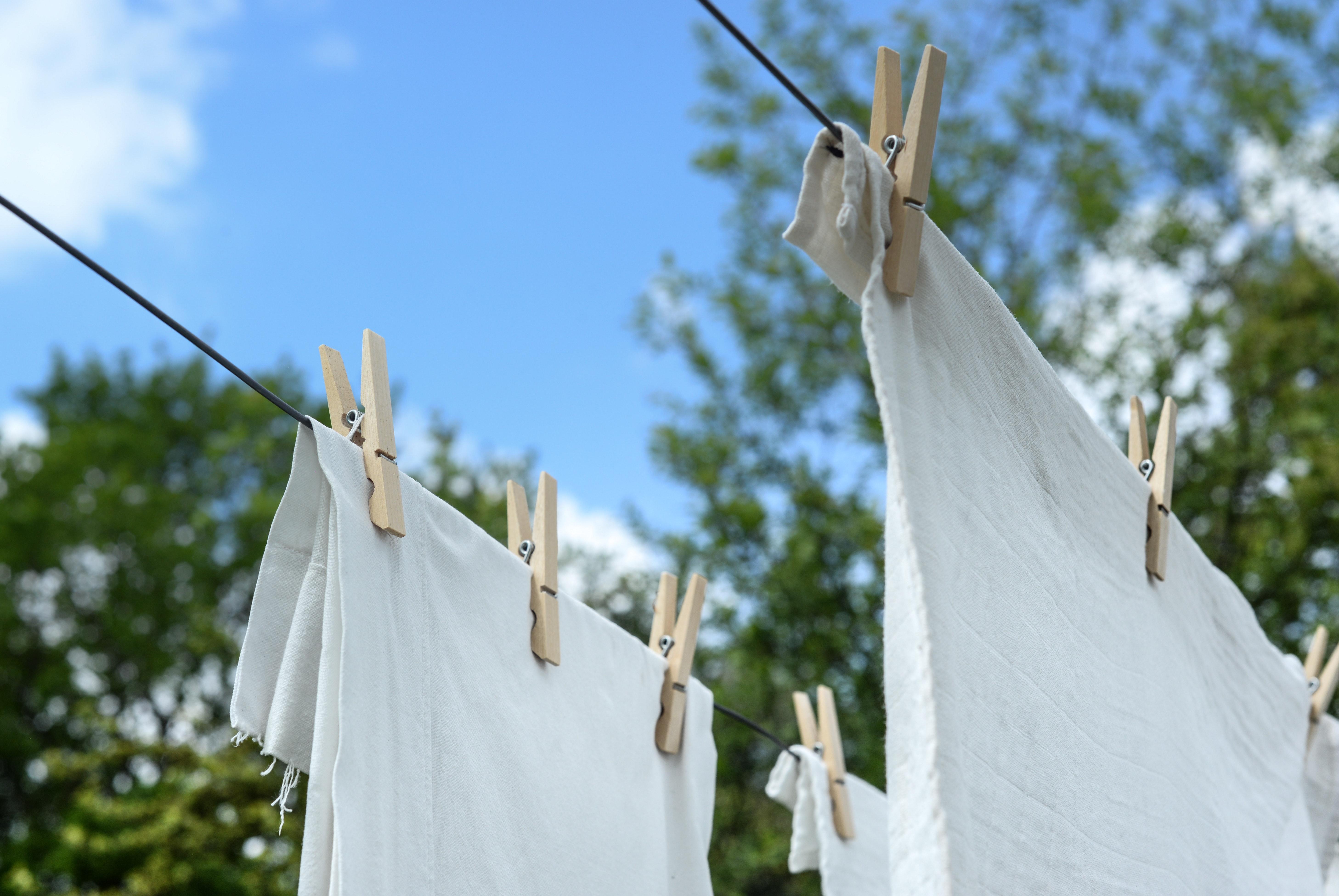 Gilb Und Grauschleier Ade Wie Textilien Wieder Weiß Werden Azaé